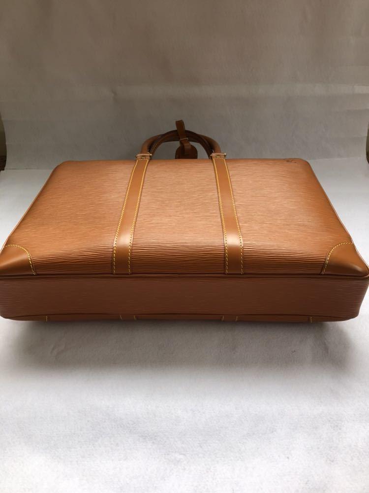 極美品 ほぼ未使用 使用1回のみ ルイ ヴィトン Louis Vuitton エピ ブラウン 茶 ビジネスバッグ _画像7