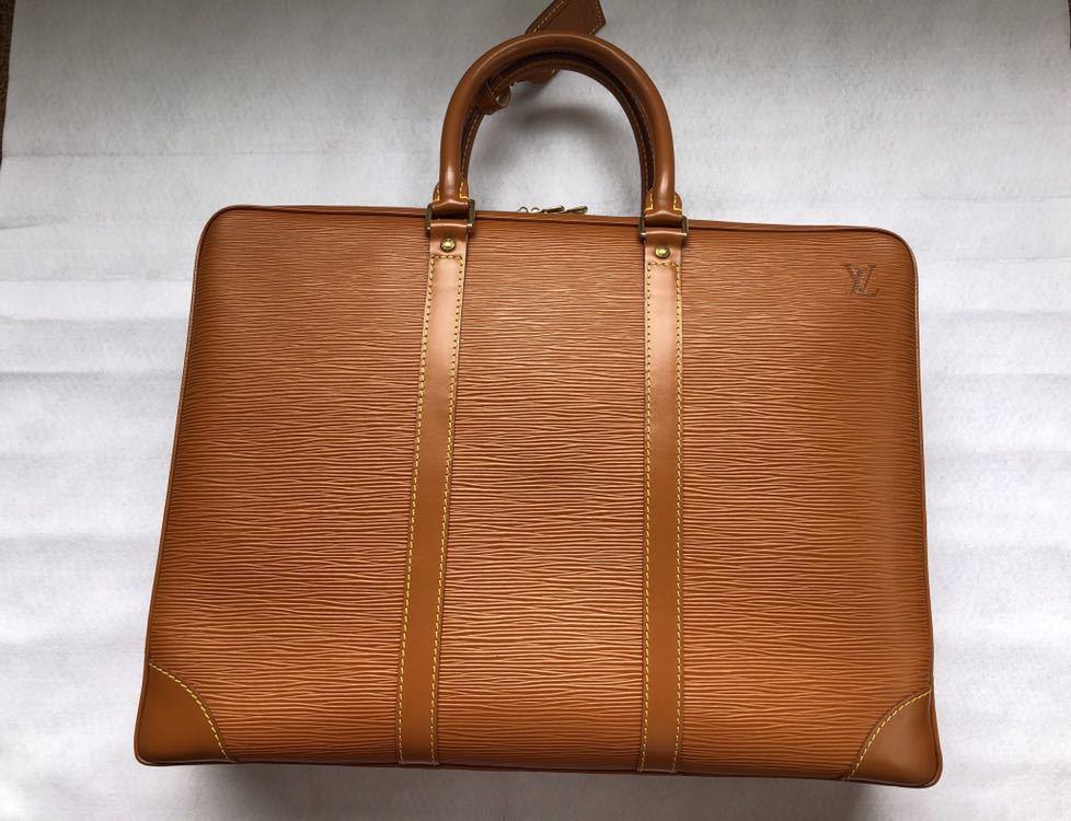 極美品 ほぼ未使用 使用1回のみ ルイ ヴィトン Louis Vuitton エピ ブラウン 茶 ビジネスバッグ _画像2