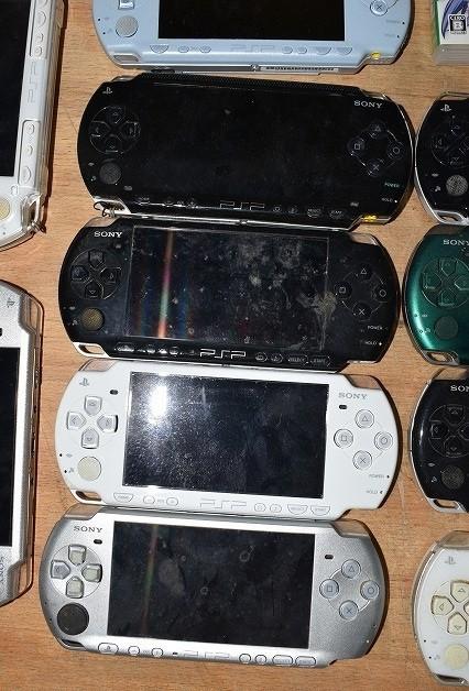 80/5C25★ジャンク PSP 本体 PSP-1000 2000 3000 ソフト まとめて大量セット_画像3