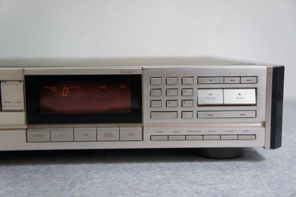 A122312G] TEAC CDプレーヤー ZD-7000 ジャンク_画像3