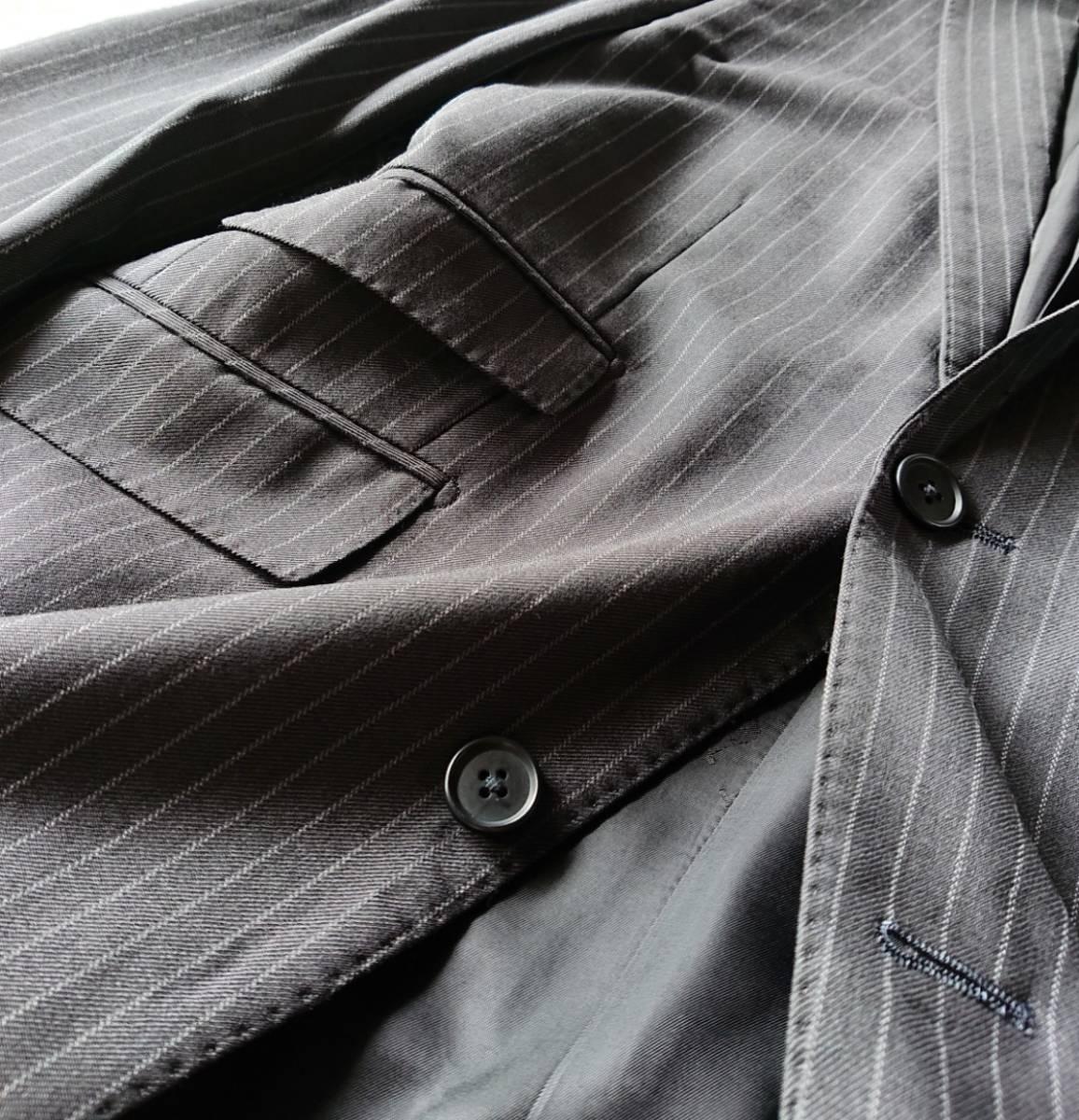美品 英国仕様 希少な極上デザイン英文字ロゴ入 柔らかな肌触り★ バーバリー ブラック レーベル スーツ セットアップ メンズ ダークグレー_画像4