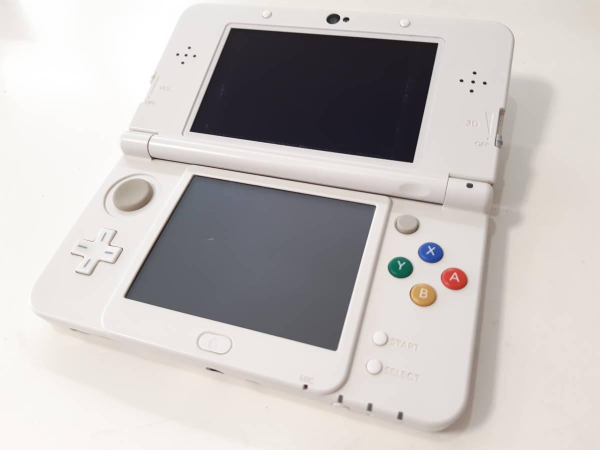 【動作確認済み】《即決有り》Nintendo 任天堂 new3DSホワイト本体+SDカード4GB_画像2