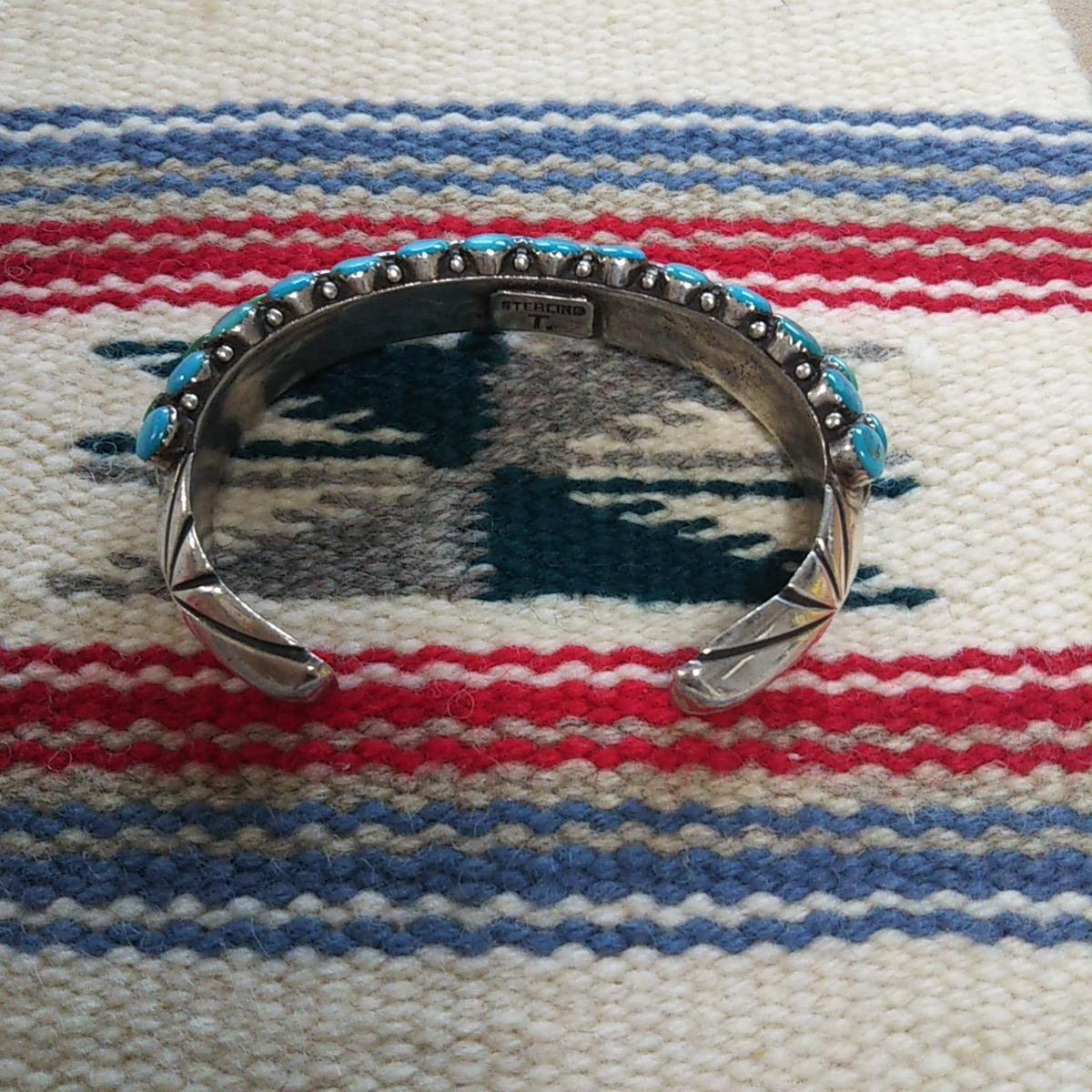 インディアンジュエリー ナバホ族 T sterling ターコイズ クラスター シルバーバングル♯ネイティブアメリカン ホピ族 ズニ族 silver925_画像2