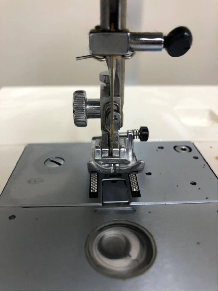 JANOME ジャノメ MEMORIA メモリア 5001型 電動ミシン コンピューターミシンフットコントローラー 糸付き ジャンク品_画像5