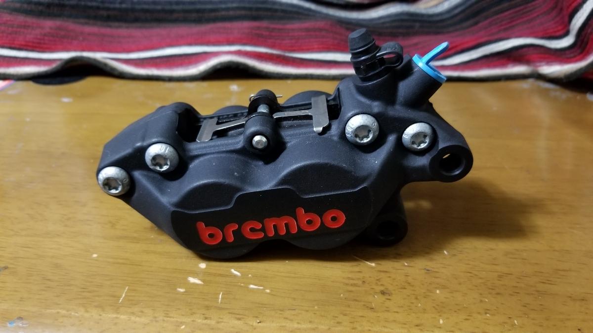 【未使用】【新品】brembo ブレンボ 『幻』限定モデル 4pot 40mmキャスティングキャリパー 右側_画像2