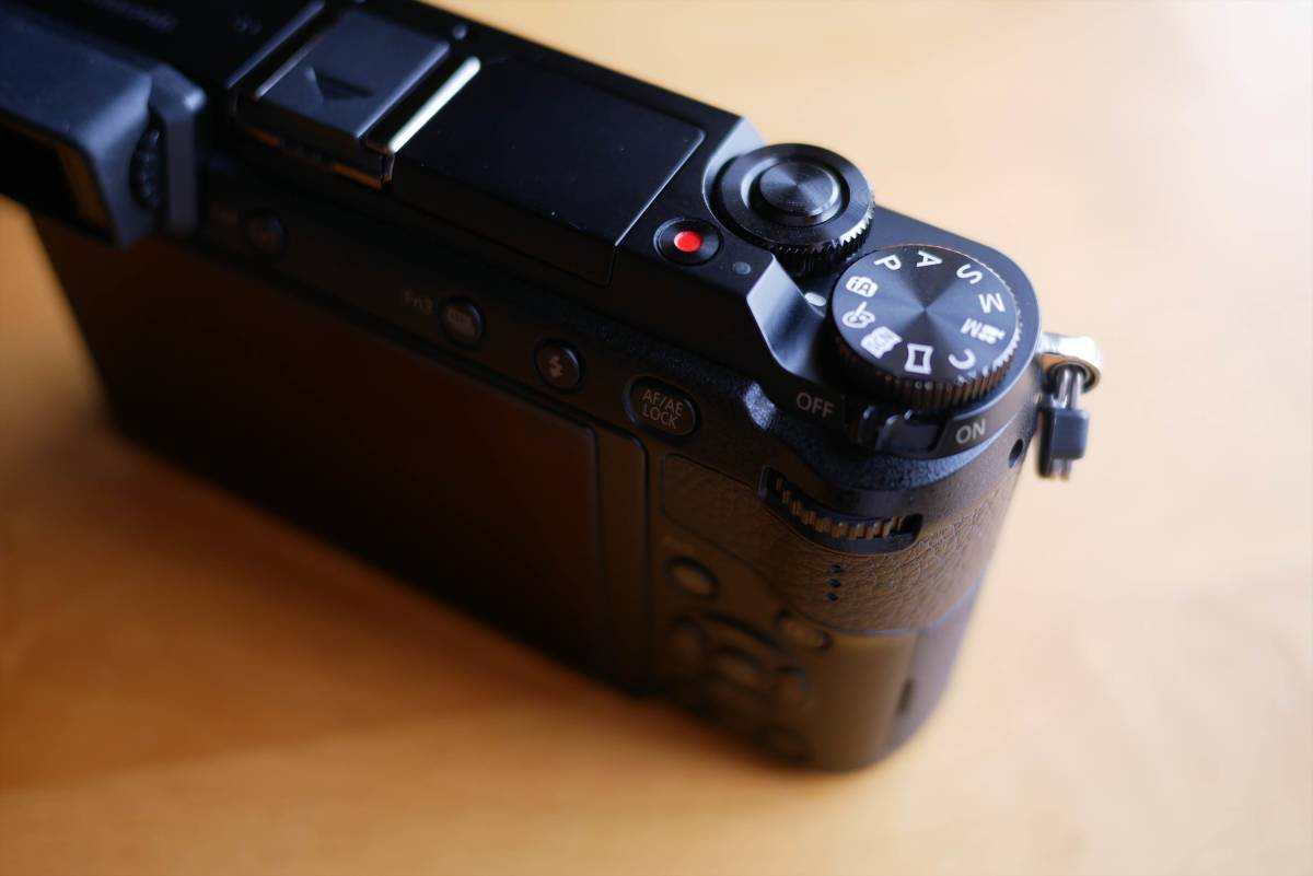 Panasonic DMC-GX7 Mk2 本体 ボディ ブラック 付属品あり 販売店6カ月保証あり_画像4