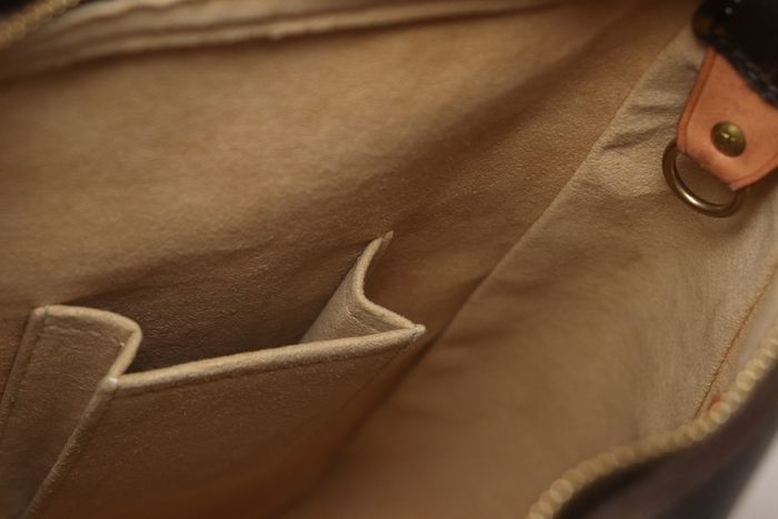 【美品】ルイヴィトン Louis Vuitton モノグラム ルーピングGM ショルダーバッグ レディース レザー 鞄 定価約15万円_画像9