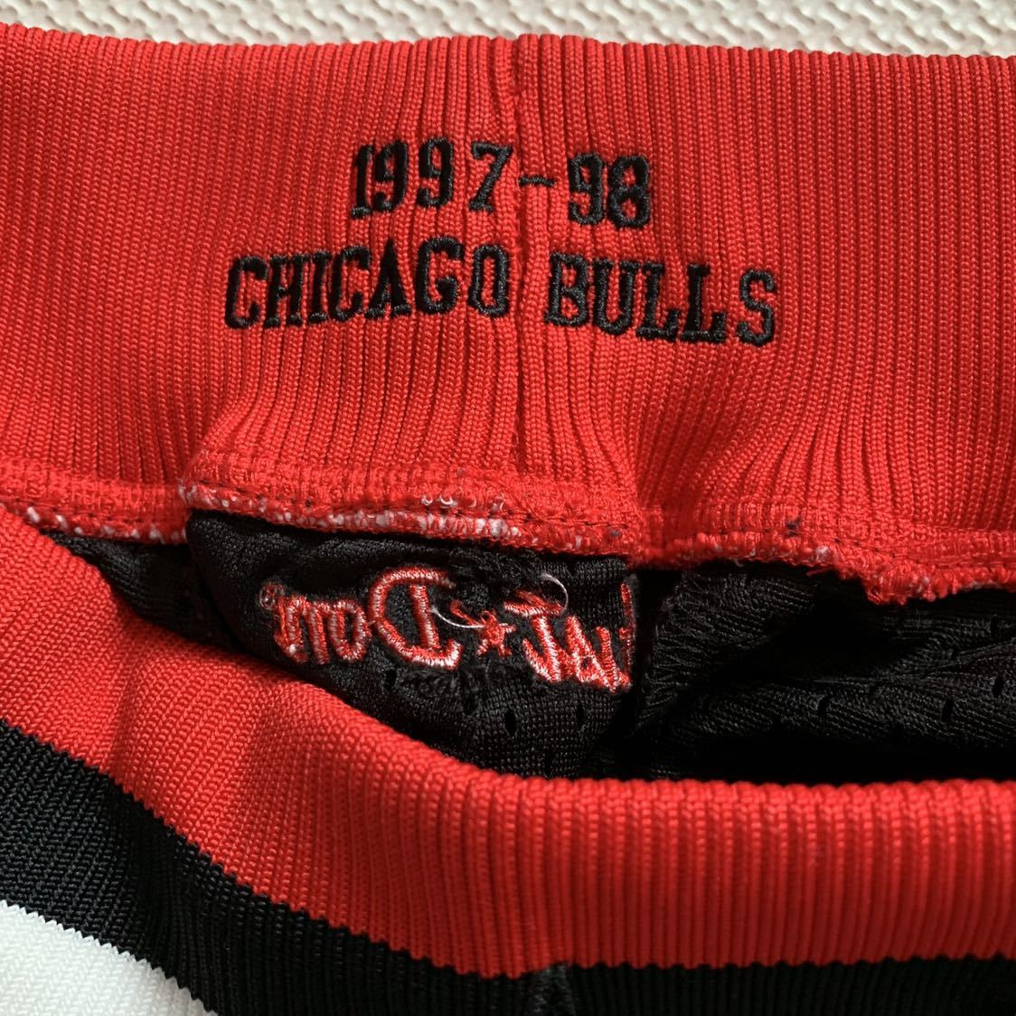レアNBA JUST☆DON CHICAGO BULLS SHORTS Chicago Bulls Mesh M KANYE WEST DON C just donシカゴブルズ _画像6