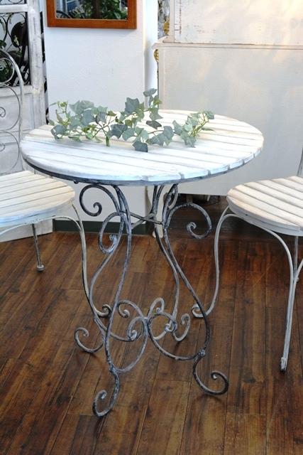 2036r25 アイアンカフェ/ガーデンテーブルセット アンティーク風シャビーシック優雅なデザインテーブルセットで素敵なアフタヌーンティーを_画像3