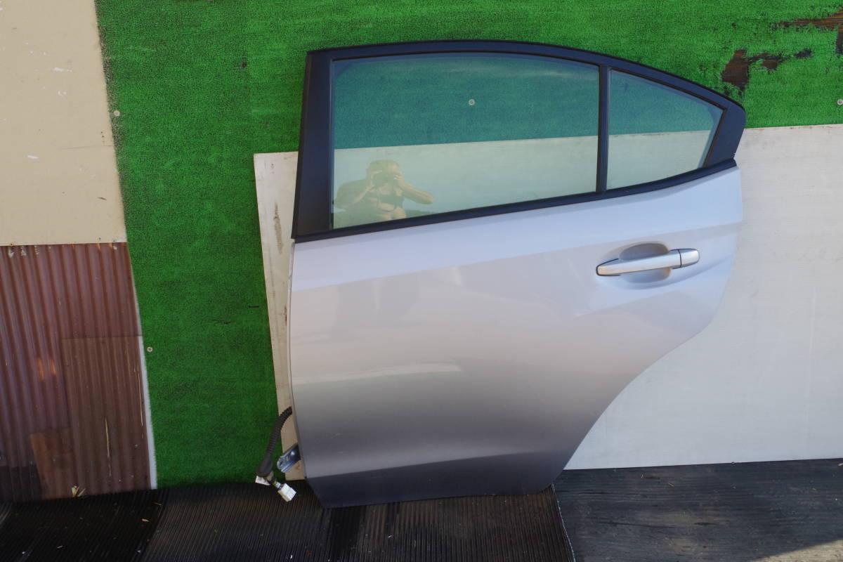 スバル インプレッサ XV GT3 リアドア左