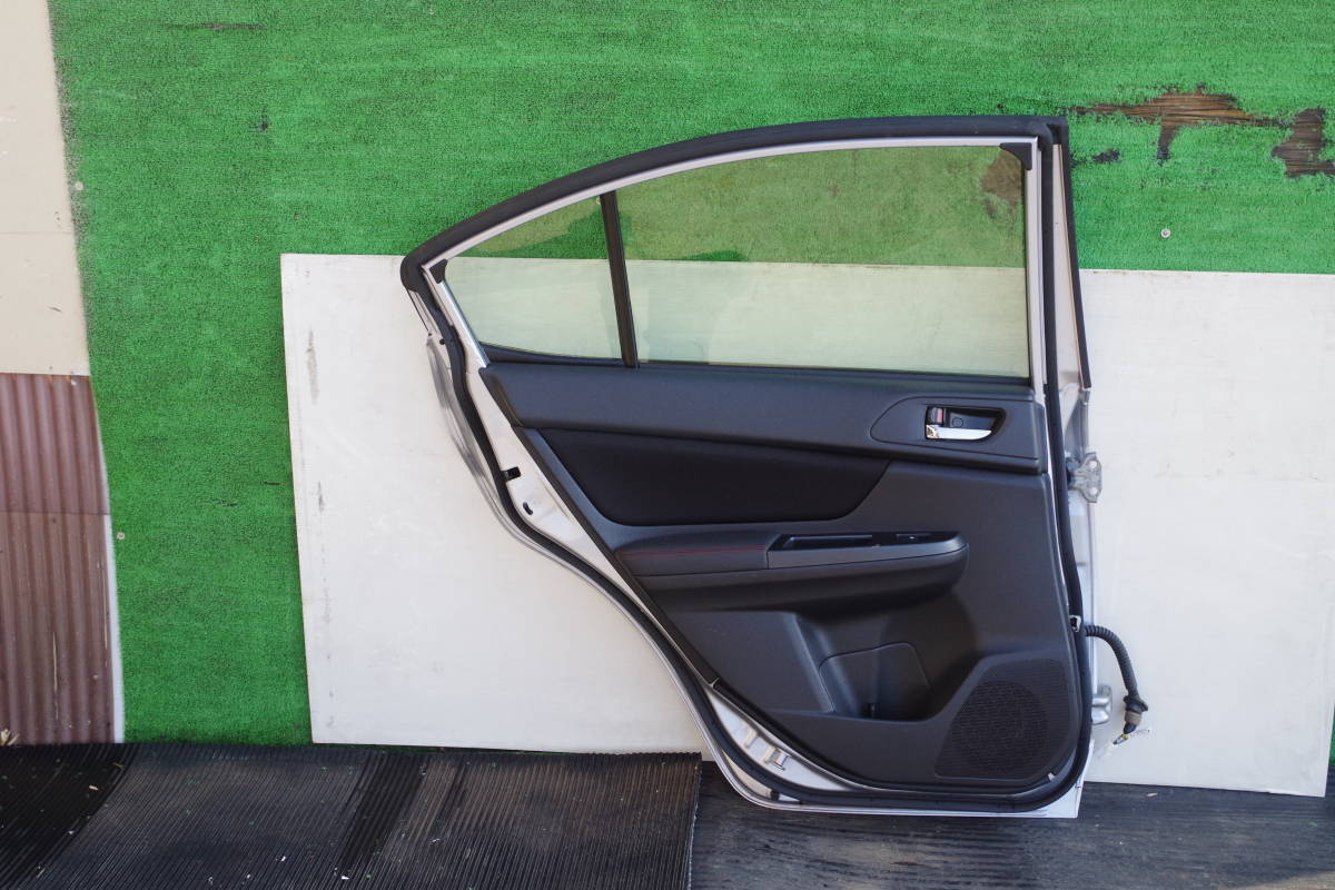 スバル インプレッサ XV GT3 リアドア左_画像4