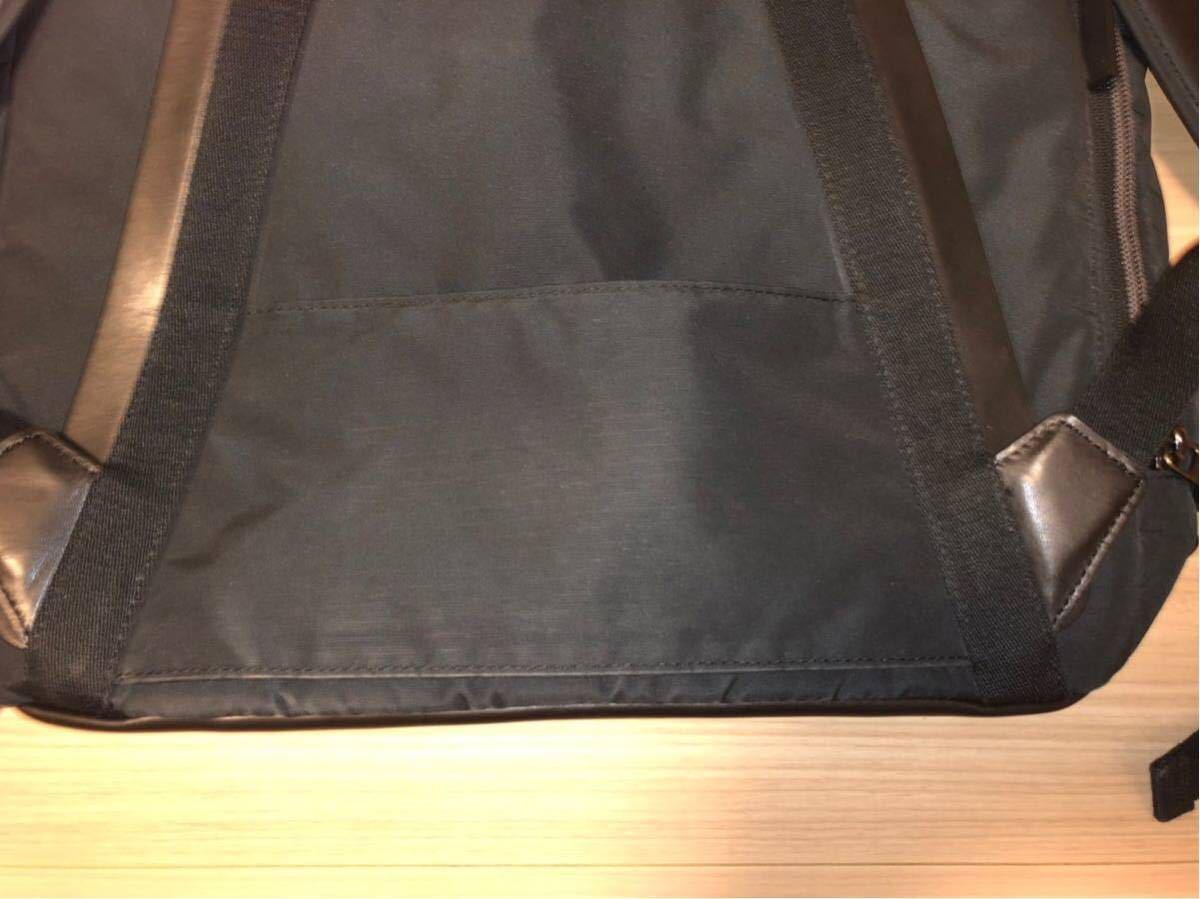 超美品 TUMI HAYDON ELIAS FLAP BACKPACK 64002NVY トゥミ イライアス フラップ バックパック メンズ 紺×黒 2WAY リュック_画像9