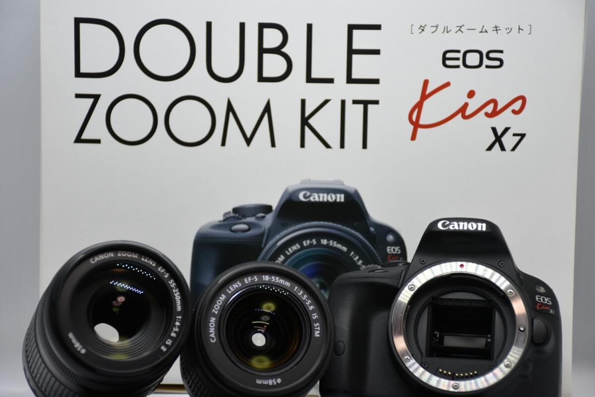 【Canon】EOS Kiss X7ダブルズームキット 中古 キャノン