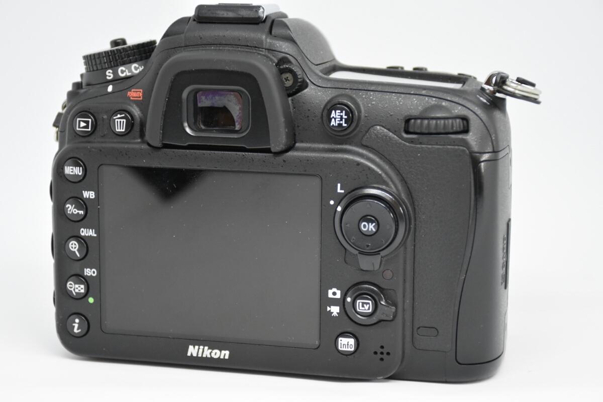 1円~ Nikon D7100ボディ レンズ2本セット 付属品多数 元箱あり 動作確認OK 美品_画像4