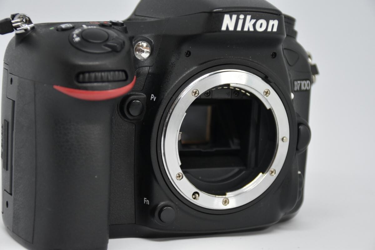1円~ Nikon D7100ボディ レンズ2本セット 付属品多数 元箱あり 動作確認OK 美品_画像3