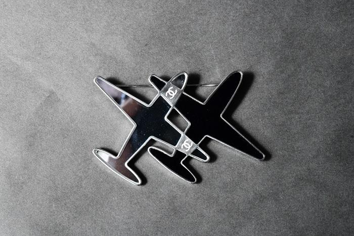 ■CHANEl/シャネル エアライン飛行機ブローチ