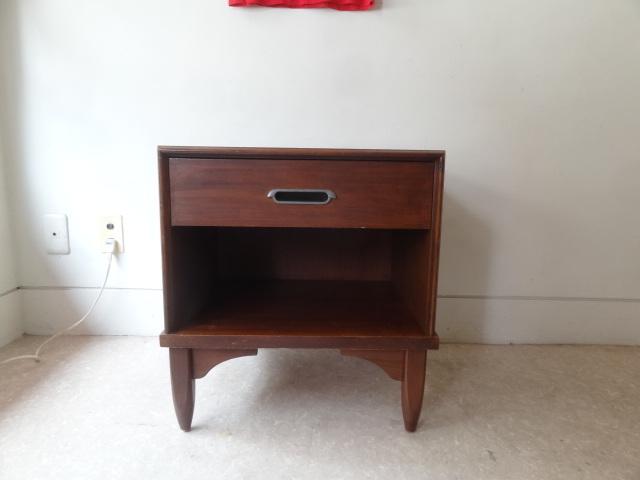 US ヴィンテージ ナイトテーブル キャビネット singer furniture/drexel ドレクセル ACME パシフィックファニチャーサービス_画像2