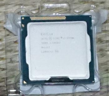 インテル Core i7 3770K