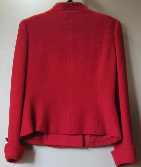 J.MARINE 9号 ジャケット 綺麗な赤色 お出かけ用 中古_画像2