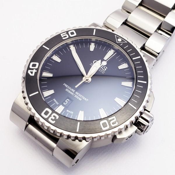 ORISオリス アクイスデイト 7653-04 メンズ 自動巻き腕時計 シースルーバック 裏スケ ブラック AQUIS オートマ ダイバーズ _画像2