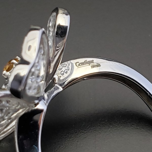 Gemtique ジェムティーク 750WG(K18WG) 花型デザインリング 13号 指輪_画像6