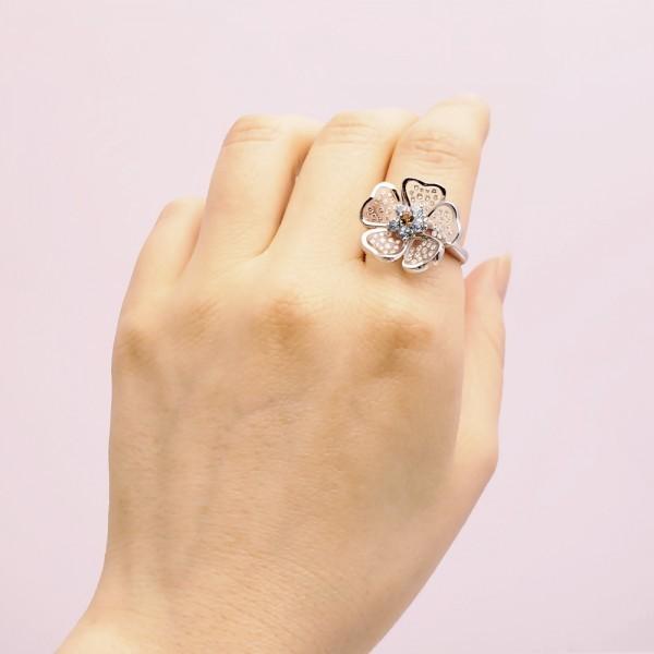 Gemtique ジェムティーク 750WG(K18WG) 花型デザインリング 13号 指輪_画像10