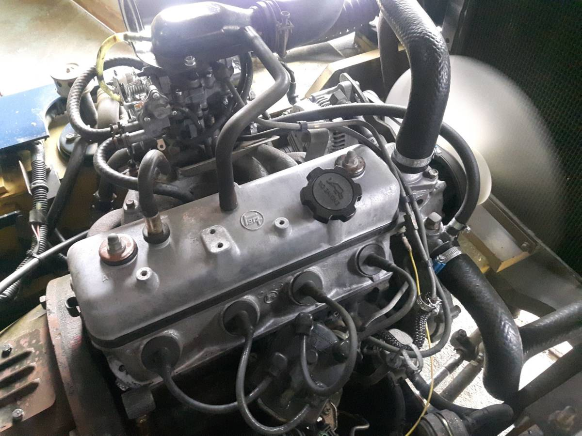 中古 小松1.4トン ガソリンフォークリフト FG14-15 オートマ車 即決¥350,000円_画像9