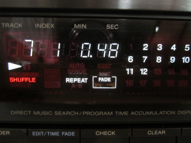 純正リモコン 付き!動作良好 美品 SONY CDP-770 +[新品CD] 松 たか子 Time for Music 「初回生産限定盤」 Blu-spec CD +DVD_画像3