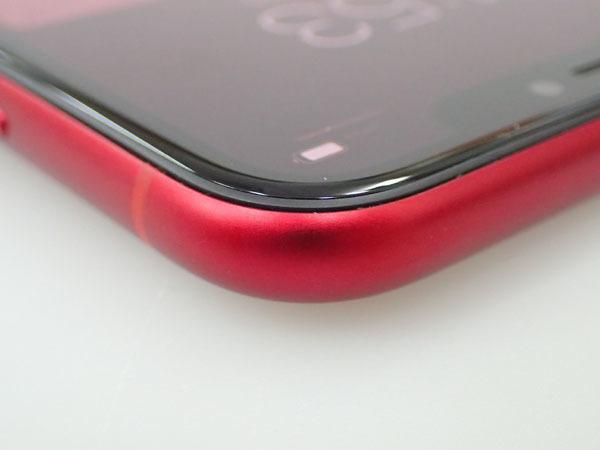 【極美品】simロック解除済み Apple au iPhone XR 64GB PRODUCT RED MT062J/A バッテリー最大容量100% 制限○(JFA578-1)_画像6