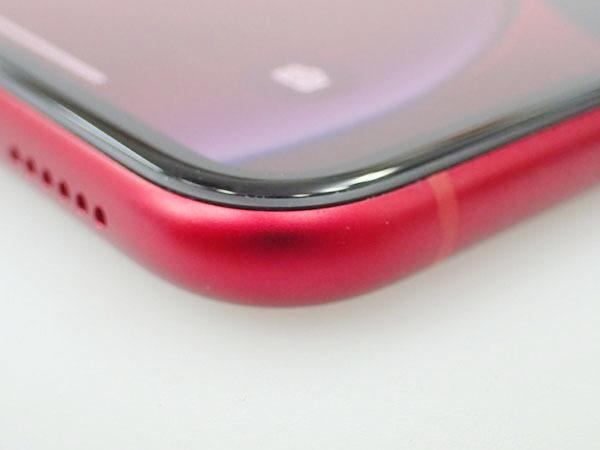 【極美品】simロック解除済み Apple au iPhone XR 64GB PRODUCT RED MT062J/A バッテリー最大容量100% 制限○(JFA578-1)_画像7