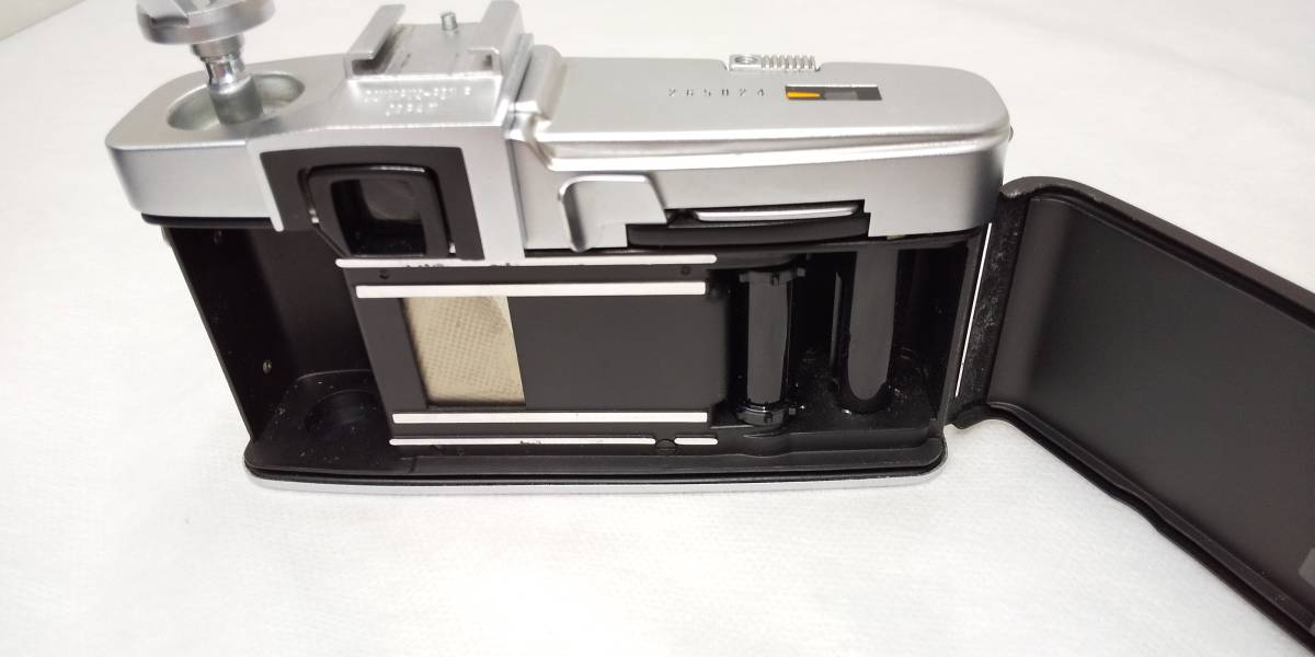 OLYMPUS PEN-F+Zuiko Auto-S 38mmF1.8 ハーフサイズ一眼レフカメラ【ジャンク】_画像6