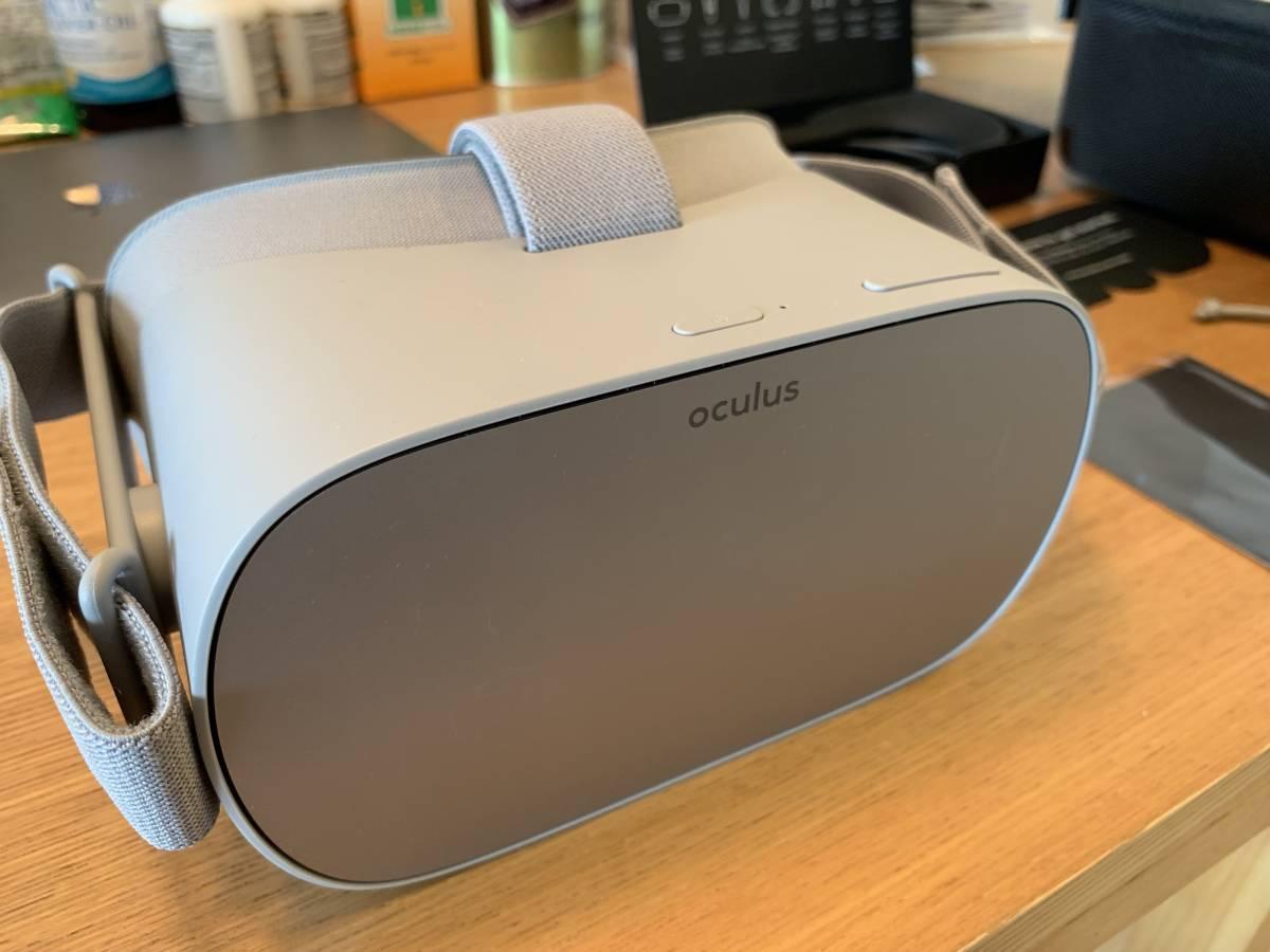 【中古・美品】 VRモニタ Oculus GO オキュラス 32GB + フィットパーツ + ケース