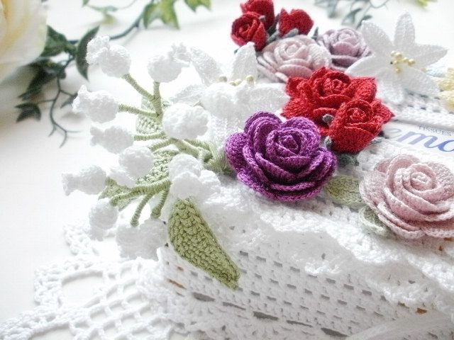 ハンドメイド*レース編み *お花モチーフ付きティッシュボックスカバー*薔薇・すずらん・百合・ひまわり・マーガレット_画像3