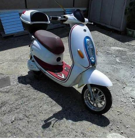 「電動バイク yuppe ユッペ ジャンク 部品取 50CC」の画像1