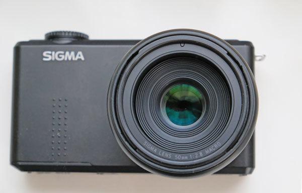 ★美品: Sigma DP3 Merrill レンズフード(LH3-01)及び バッテリー2個付属_画像7