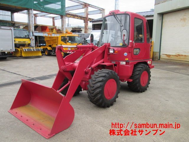 「☆WS310-3,三菱,ホイールローダ,0.5立米,1,800Hr,A/T,38ps,最大積載量800kg,タイヤ新品,1997年製,」の画像2