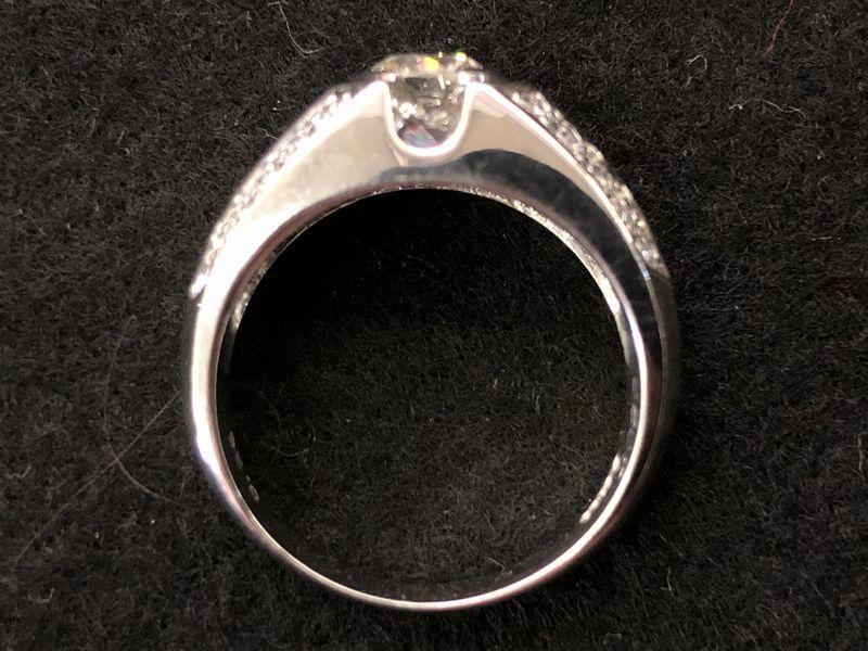女性用 指輪 総重量:約9.4g Pt900 プラチナリング 13号 ダイヤモンド ダイヤ1石 0.605ct+30石合計0.26ct 鑑別書付き_画像4