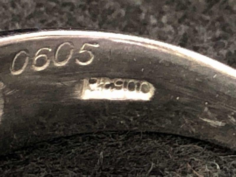 女性用 指輪 総重量:約9.4g Pt900 プラチナリング 13号 ダイヤモンド ダイヤ1石 0.605ct+30石合計0.26ct 鑑別書付き_画像5