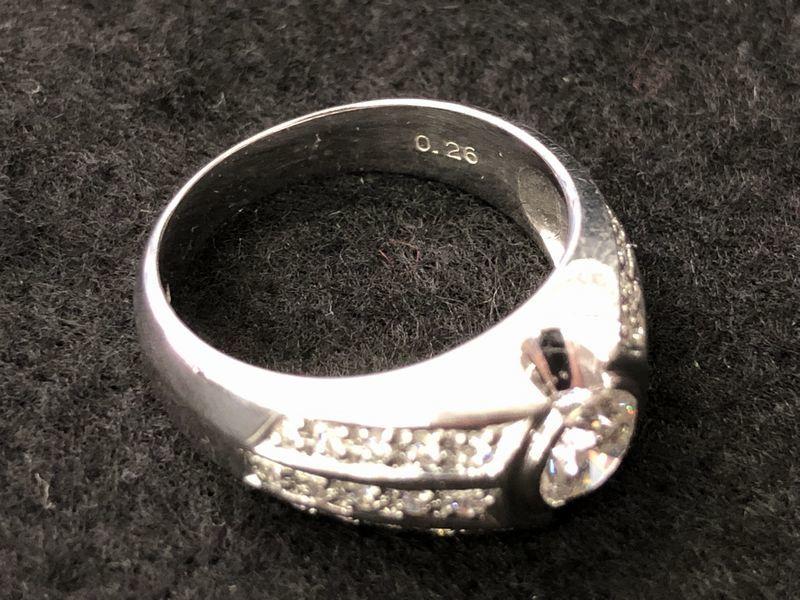 女性用 指輪 総重量:約9.4g Pt900 プラチナリング 13号 ダイヤモンド ダイヤ1石 0.605ct+30石合計0.26ct 鑑別書付き_画像6