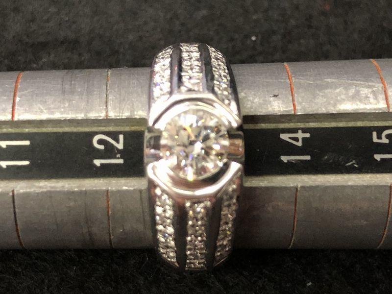 女性用 指輪 総重量:約9.4g Pt900 プラチナリング 13号 ダイヤモンド ダイヤ1石 0.605ct+30石合計0.26ct 鑑別書付き_画像7