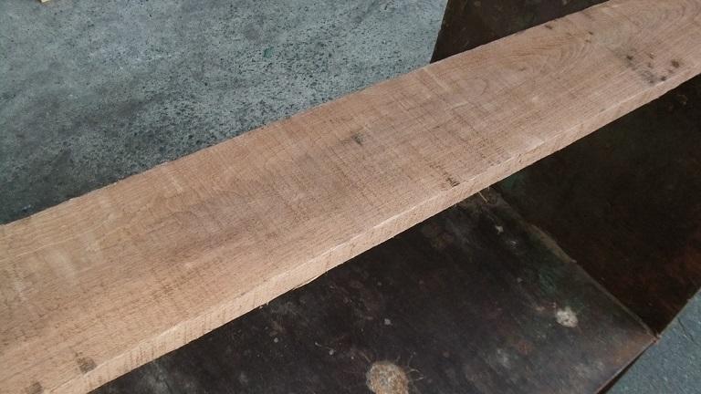 【小さな大工さん】【木っ端クラブ】Bウォールナット ラフ材 1760×140×26㎜ 人乾材 DIY 1番_画像7