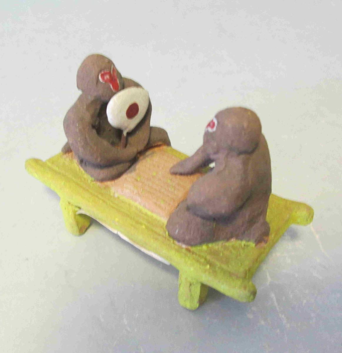 郷土玩具、土人形・・・堺の湊焼きの縁台将棋の猿_画像2