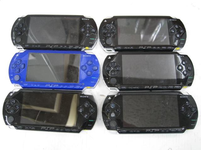 ★1円~SONY ソニー PSP 11台 まとめ売り PSP1000 PSP3000 バッテリーパック 箱など 大量セット ジャンク★_画像2