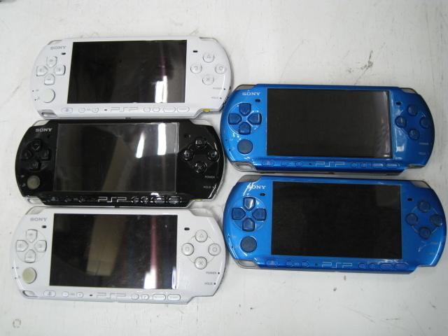 ★1円~SONY ソニー PSP 11台 まとめ売り PSP1000 PSP3000 バッテリーパック 箱など 大量セット ジャンク★_画像4