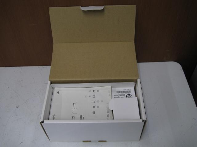 ★1円~SONY ソニー PSP 11台 まとめ売り PSP1000 PSP3000 バッテリーパック 箱など 大量セット ジャンク★_画像9