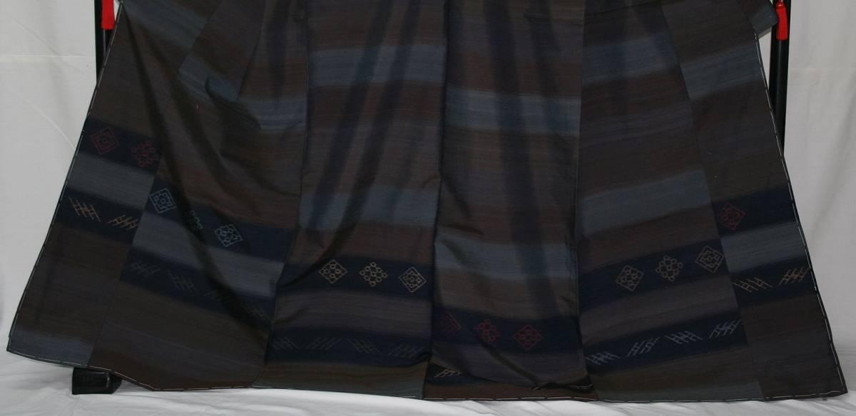 ◆高級お誂えお仕立付き◆特別民芸工芸品◆手織り真綿紬訪問着◆H054_画像2