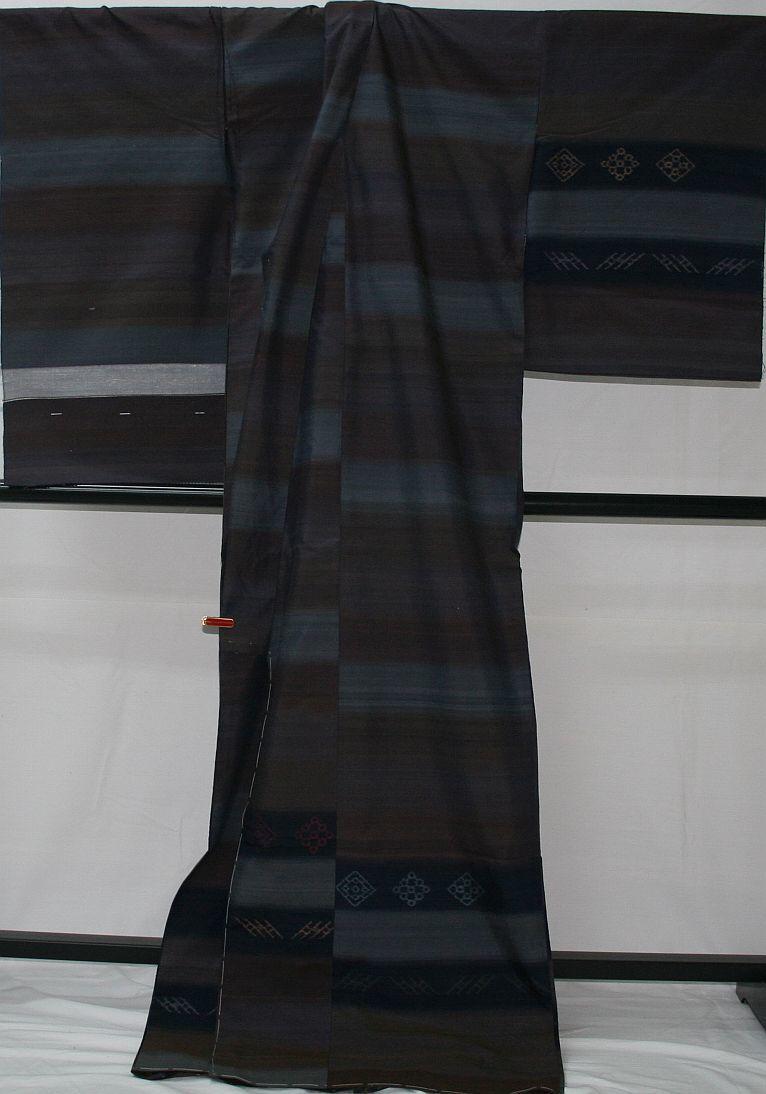 ◆高級お誂えお仕立付き◆特別民芸工芸品◆手織り真綿紬訪問着◆H054_画像4