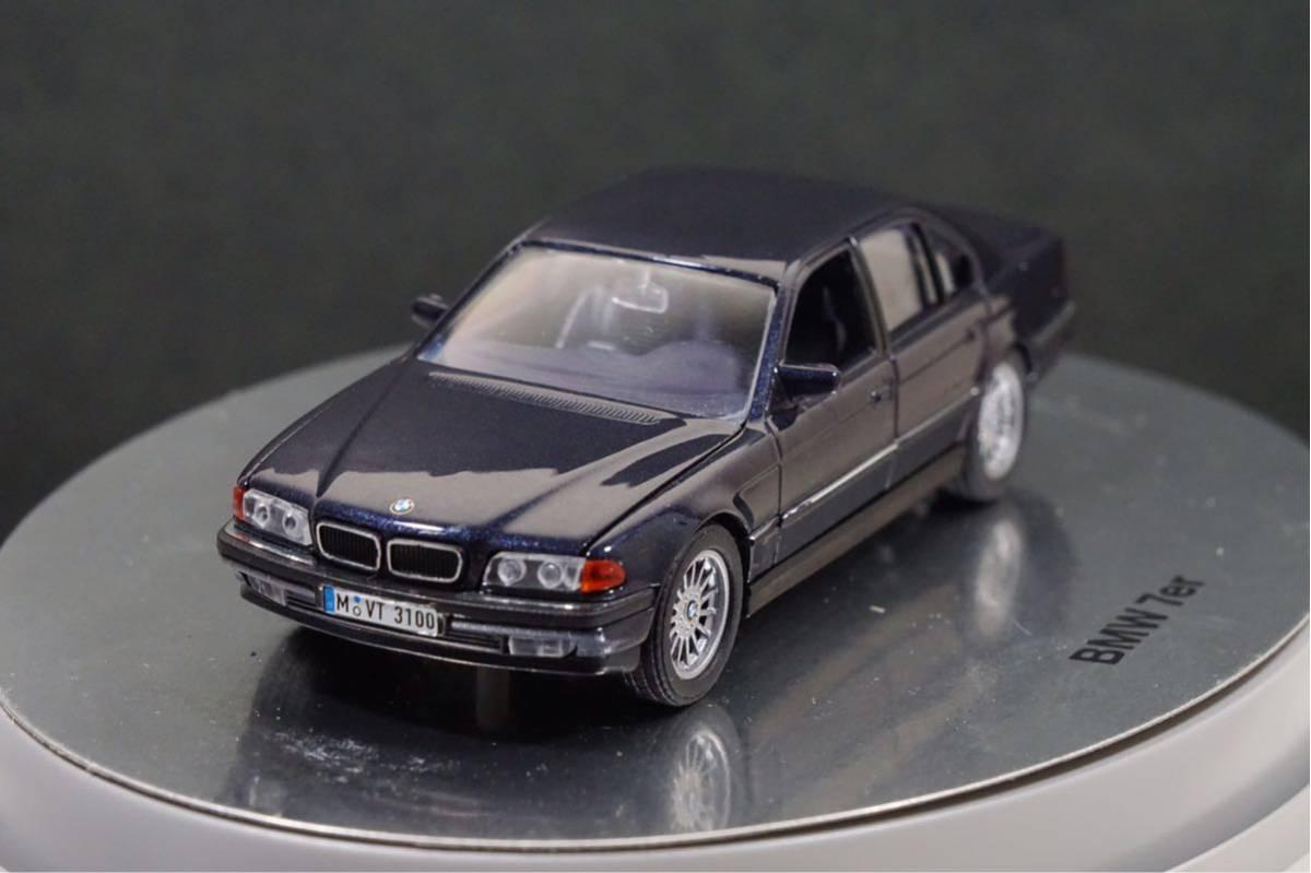 中古品 1/43 希少!BMWディーラー特注品!BMW 7er E38 7シリーズ ドア、ボンネット、トランク開閉 カタログナンバー80429422181_画像2