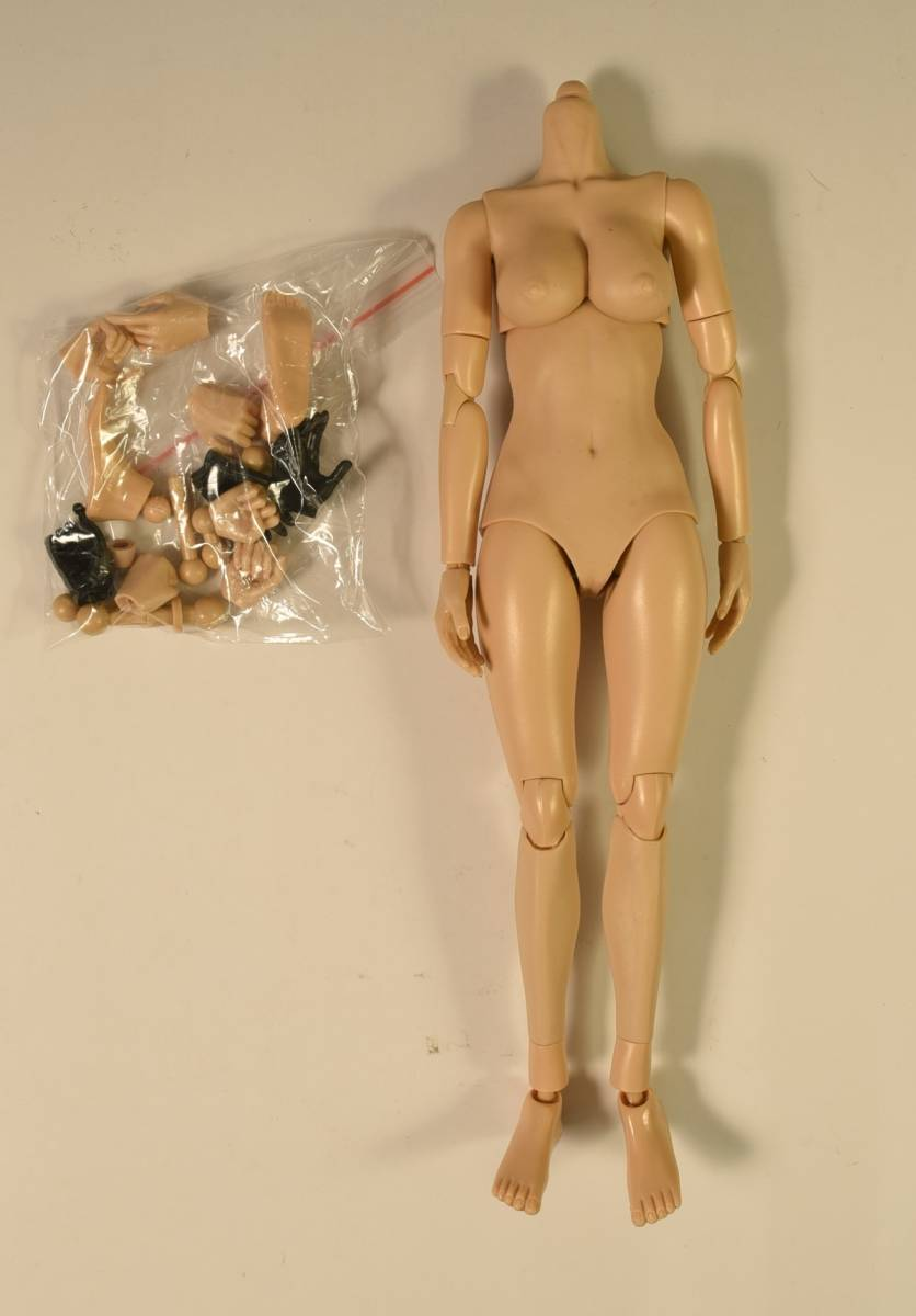 Scale Model Female Figures