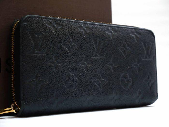 【極美品】ルイヴィトン Louis Vuitton モノグラム アンプラント ジッピーウォレット 黒 長財布 レザー 定価約12万円